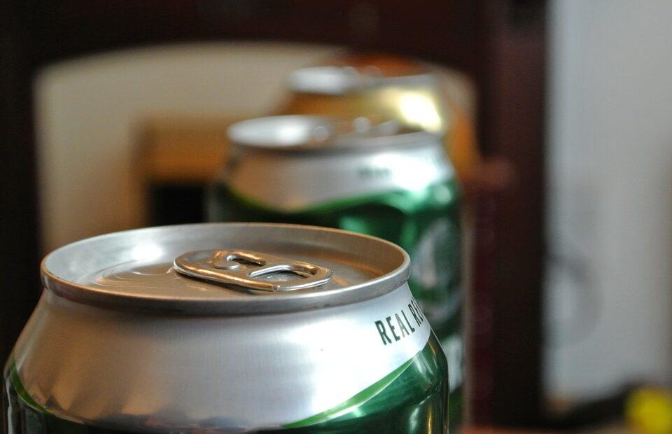 Heineken opte pour le recyclage de ses canettes de bière
