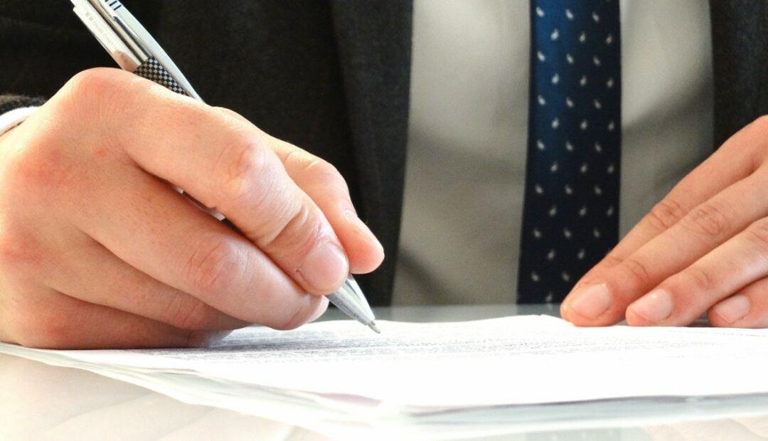Quels sont les documents à fournir pour vendre sa voiture à un particulier?